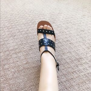 Zara Black Stub Strap On Sandals